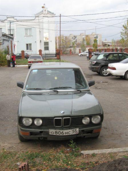 BMW 5-Series 1982 - отзыв владельца