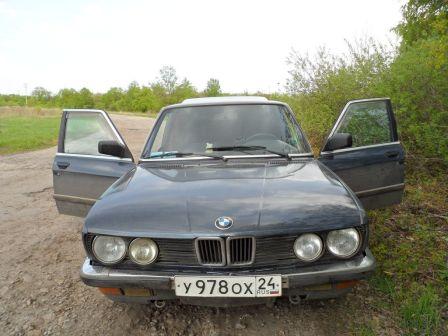 BMW 5-Series 1986 - отзыв владельца