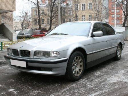 BMW 7-Series 2000 - отзыв владельца