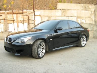 BMW M5 2006 отзыв автора | Дата публикации 04.10.2011.