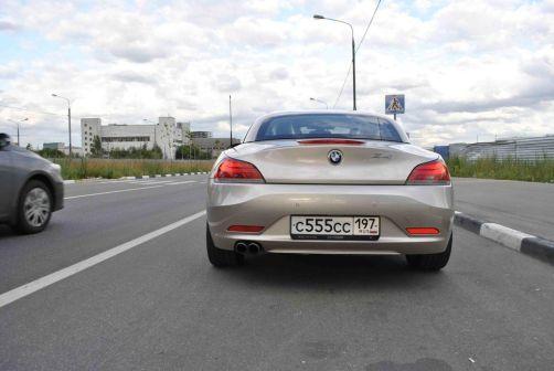 BMW Z4 2011 - отзыв владельца