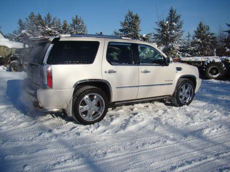 Cadillac Escalade 2011 - отзыв владельца