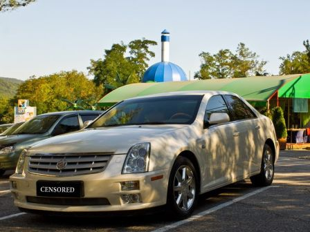 Cadillac STS 2006 - отзыв владельца