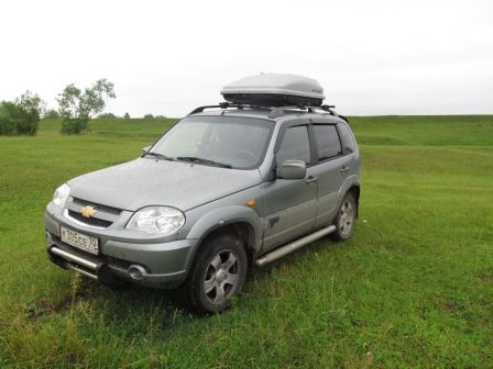 Chevrolet Niva 2010 - отзыв владельца