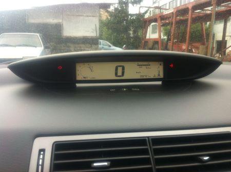 Citroen C4 2010 - отзыв владельца