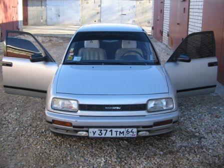 Daihatsu Applause 1990 - отзыв владельца
