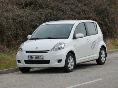 Daihatsu Sirion 2010 - отзыв владельца