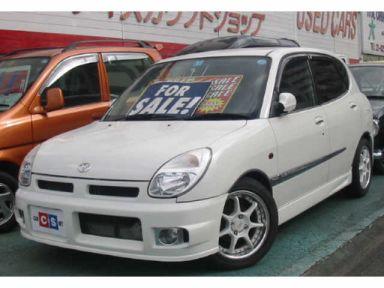 Daihatsu Storia, 2000