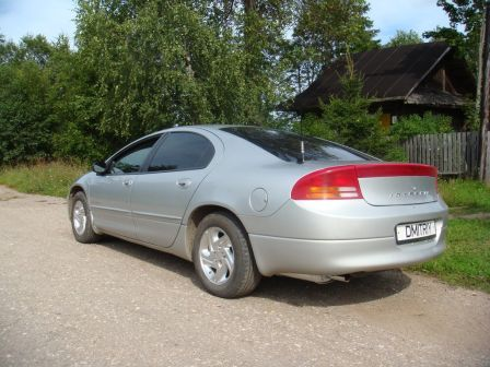 Dodge Intrepid 2000 - отзыв владельца