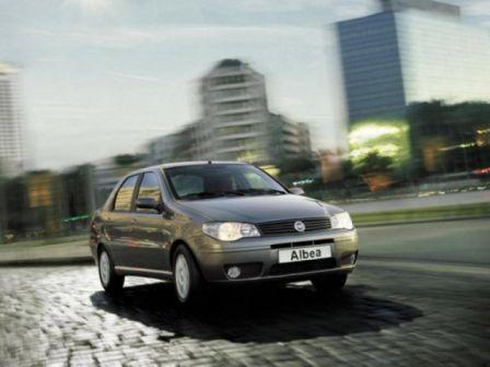 Fiat Albea 2009 - отзыв владельца