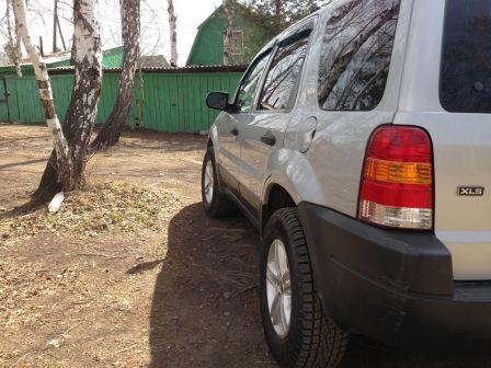 Ford Escape 2002 - отзыв владельца