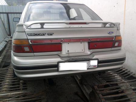 Ford Escort 1991 - отзыв владельца