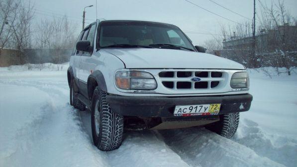 Ford Explorer 1996 - отзыв владельца