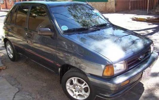 Ford Festiva 1994 - отзыв владельца