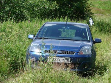 Ford Fiesta 2007 - отзыв владельца