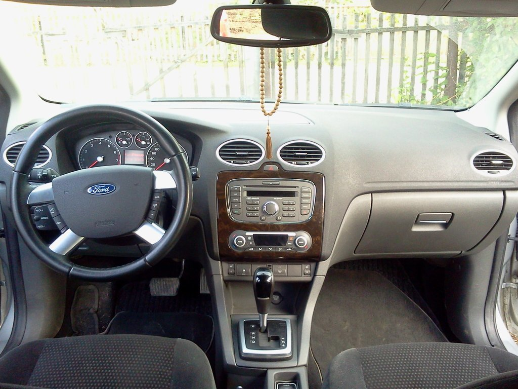 ford focus automat
