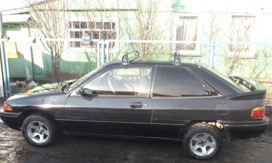 Ford Laser 1989 - отзыв владельца