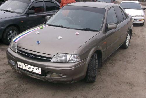 Ford Laser 2002 - отзыв владельца