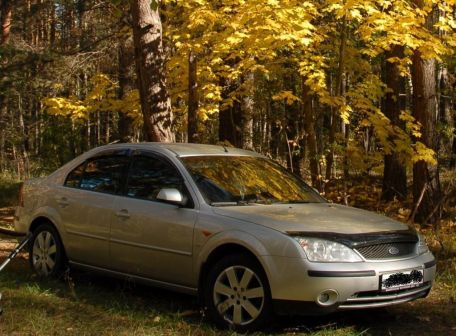 Ford Mondeo 2002 - отзыв владельца