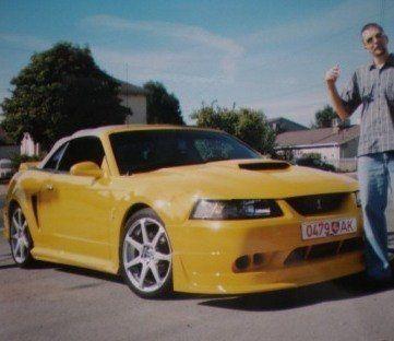 Ford Mustang 2001 - отзыв владельца