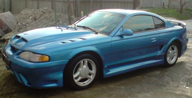 Ford Mustang 1995 - отзыв владельца