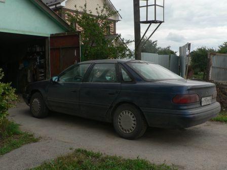 Ford Taurus 1993 - отзыв владельца