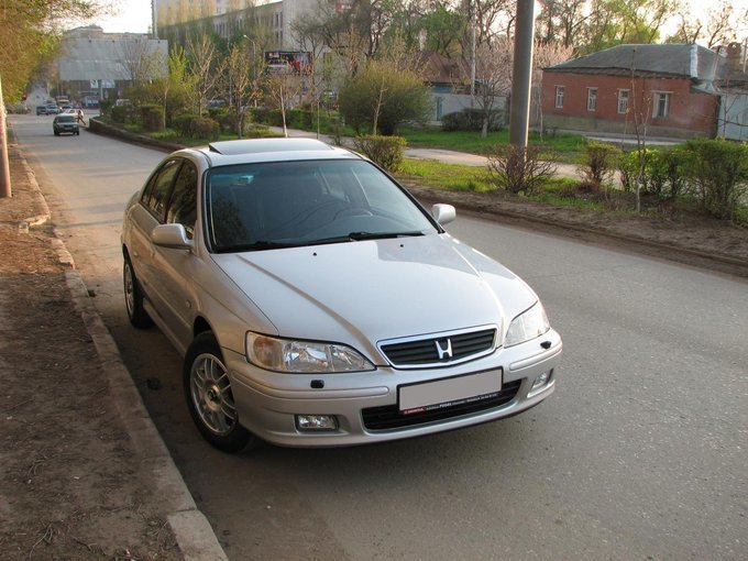 honda accord 2000 год