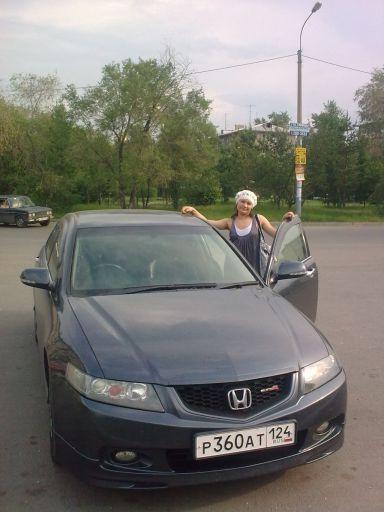 Honda Accord, 2003