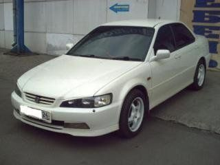 Honda Accord, 1999