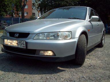 Honda Accord 2000 отзыв автора | Дата публикации 06.08.2012.