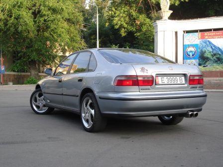 Honda Accord 1994 - отзыв владельца