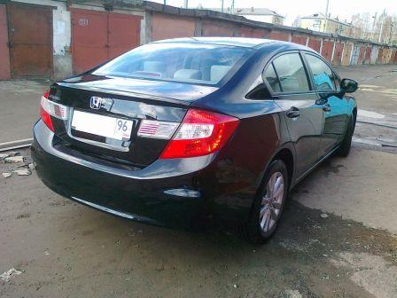 Honda Civic 2012 - отзыв владельца