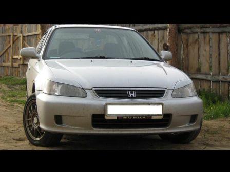 Honda Civic Ferio 1999 - отзыв владельца