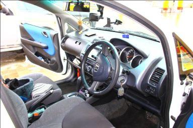 Honda Fit 2001 отзыв автора | Дата публикации 19.05.2012.