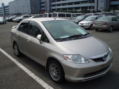 Honda Fit Aria 2003 отзыв автора | Дата публикации 21.02.2009.