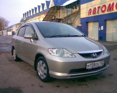 Honda Fit Aria, 2003