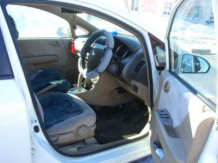 Honda Fit Aria 2005 - отзыв владельца
