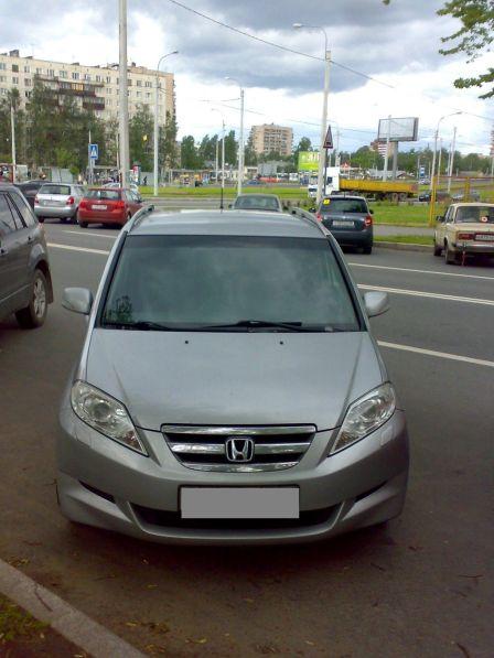 Honda FR-V 2010 - отзыв владельца