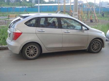 Honda FR-V 2006 - отзыв владельца