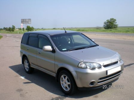 Honda HR-V 2004 - отзыв владельца