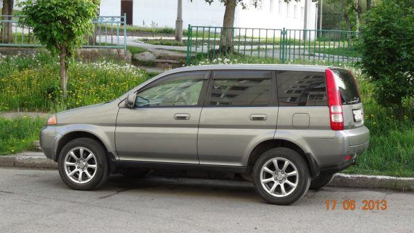 Honda HR-V 2001 - отзыв владельца