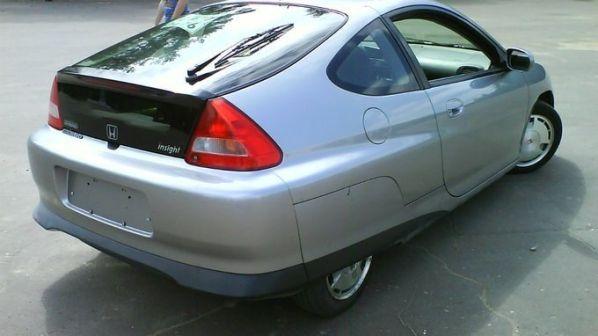 Honda Insight 2004 - отзыв владельца