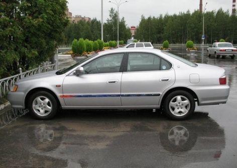 Honda Inspire 1999 - отзыв владельца