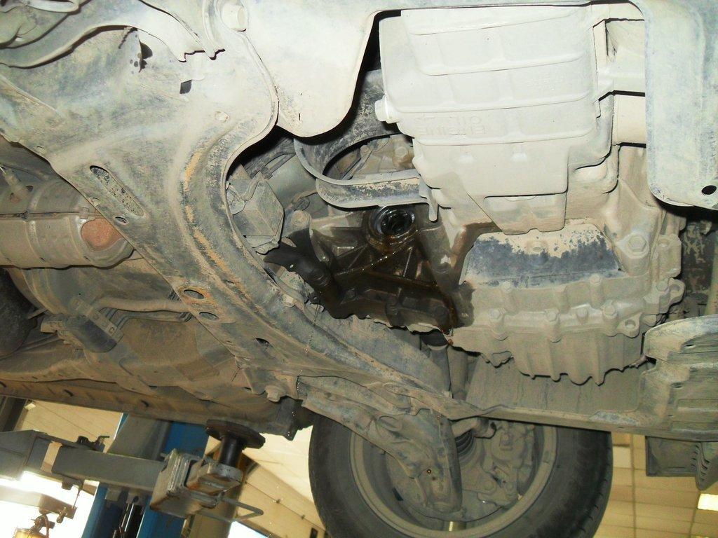 запчасти на хонда мобилио спайк