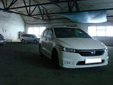 Honda Stream 2007 - отзыв владельца