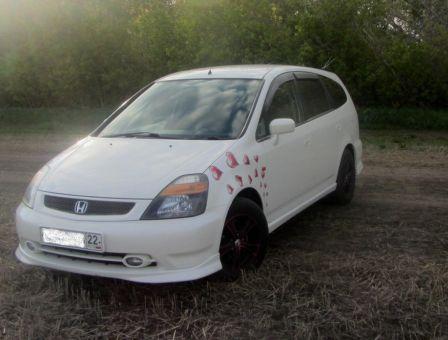 Honda Stream 2002 - отзыв владельца
