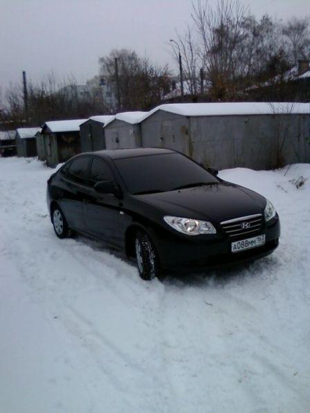 Hyundai Elantra 2008 - отзыв владельца