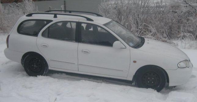 Hyundai Elantra 1998 - отзыв владельца