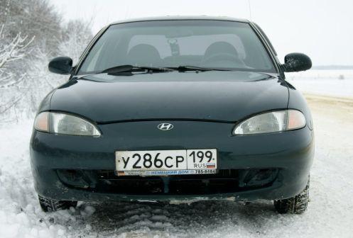 Hyundai Elantra 1996 - отзыв владельца