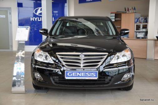 Hyundai Genesis 2010 - отзыв владельца